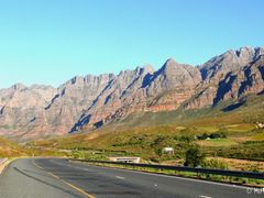 "Hawequas Mountain (Du Toit""s Kloof Pass) by <b>H.J. van Zyl</b> ( a Panoramio image )"