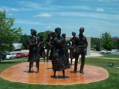 Statue near State Capitol Building Arkansas - Little Rock AR by <b>Pieter en Marianne van de Sande</b> ( a Panoramio image )