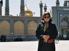 Marketa u hrobky Fatimy-QOM-IRAN-1999 by <b>ROSTAMDALILA</b> ( a Panoramio image )