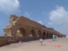 Ruinas Aqueduto de Cesareia Liga Monte Carmelo a Cesareia constr by <b>Geraldo Salomao</b> ( a Panoramio image )