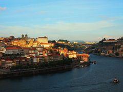 Porto, July 1, 2010 at 7:25 PM     ?Dedicated to Antonio Gomes?  by <b>Mario Eloi Castro</b> ( a Panoramio image )