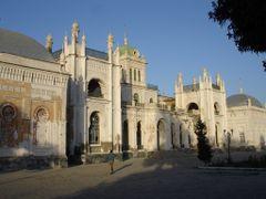 Бывший дворец брата царя Николая 2 by <b>Juryi</b> ( a Panoramio image )