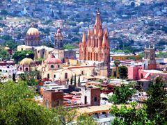 Vista de Catedral de San Miguel Arcangel, Torre de la Santa Escu by <b>? ? galloelprimo ? ?</b> ( a Panoramio image )