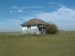 Deserted Schoolhouse, now decaying quickly by <b>Prairie Dreams</b> ( a Panoramio image )
