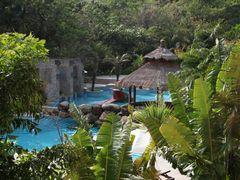 Narada Tropical Resort Swimmingpool #1 by <b>pierdest</b> ( a Panoramio image )