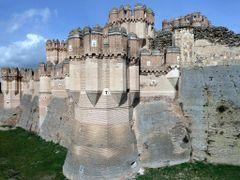 COCA (Antigua CAUCA). Segovia. 2011. 11. Castillo (sXV). Detalle by <b>Carlos Sieiro del Nido</b> ( a Panoramio image )
