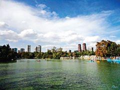 Mexico, D.F., Delegacion Miguel Hidalgo, Lago de Chapultepec ::: by <b>Pecg17</b> ( a Panoramio image )