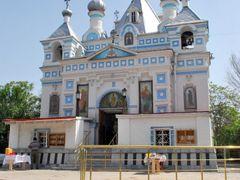 Церковь на Боткинском кладбище в Ташкенте by <b>Armen Mirzoyan</b> ( a Panoramio image )