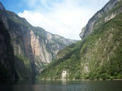 Canon del Sumidero by <b>travelerosmx</b> ( a Panoramio image )