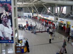 Jose Marti International Airport, Havana. Check-in area for Cuba by <b>Eivind Friedricksen</b> ( a Panoramio image )