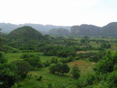 Vinales by <b>Franciscovies</b> ( a Panoramio image )