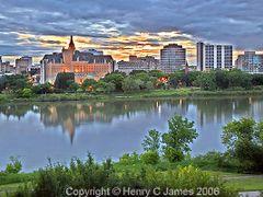 Saskatoon by <b>henryjames</b> ( a Panoramio image )