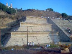 Piramide de Cholula by <b>cmtzg</b> ( a Panoramio image )