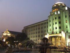 Xi`an Sofitel Hotel by <b>Jorge Martinez R</b> ( a Panoramio image )