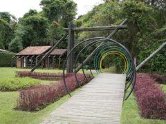 Entrada da Unilivre - Universidade Livre do Meio Ambiente - Curi by <b>Paulo Yuji Takarada</b> ( a Panoramio image )