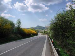 """Vitejte v Raji"" ( ""Welcome in  Bohemian Paradise""), Ujezd pod T by <b>Rodrich</b> ( a Panoramio image )"