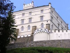 Trakoscan castle - detail of the wall - by Franjo Stanisic by <b>Marin Stanisic</b> ( a Panoramio image )