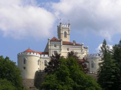 Trakoscan castle - by Franjo Stanisic by <b>Marin Stanisic</b> ( a Panoramio image )