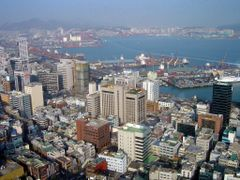 View Of Busan Harbour by <b>ChiefTech</b> ( a Panoramio image )