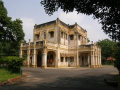 A Bunglow (Child Care Dept) by <b>Harshal Purohit +919429242424</b> ( a Panoramio image )