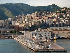 "Genova""s view from the cruise liner   by <b>Yuliya S.</b> ( a Panoramio image )"