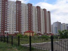 """Независимость"" - со двора / Residential complex in avenue Mamys by <b>Сергей Алесковский</b> ( a Panoramio image )"