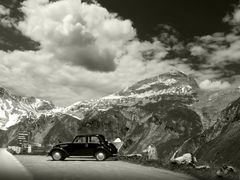 way to the Grossglockner by <b>Irena Brozova (CZ)</b> ( a Panoramio image )