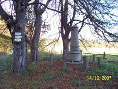 Gedenkstein bei Barnau/Tirschenreuth by <b>Reinhold Schedl</b> ( a Panoramio image )
