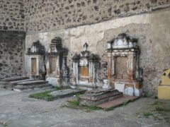 Criptas, convento de San Gabriel by <b>RS-Camaleon</b> ( a Panoramio image )