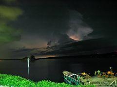 Gewitter am Lago Peten, Flores by <b>Quasebart</b> ( a Panoramio image )