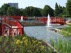 Park im. E. Szyma?skiego by <b>?BOGDAN?</b> ( a Panoramio image )