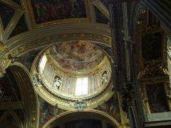 interior de la Iglesia de Gesu en Genova by <b>AnaMariaOss</b> ( a Panoramio image )