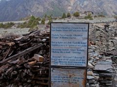 Warning of Acute Mountain Sickness / Annapurna Circuit, Nepal by <b>Sergey Ashmarin</b> ( a Panoramio image )