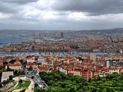 A view of Marseille  from the Basilique Notre Dame de la Garde by <b>Yuliya S.</b> ( a Panoramio image )