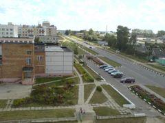 Вид с крыши Молодежный, д. 3 на торговый центр by <b>Сірога Панкрат</b> ( a Panoramio image )