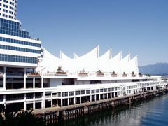 158 Vancouver, Canada Place by <b>Daniel Meyer</b> ( a Panoramio image )