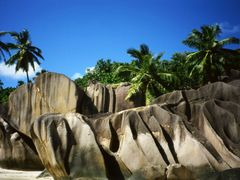 La Digue Island (Seychelles) - The SEYCHELLES, located in the In by <b>whatawonderfulworld</b> ( a Panoramio image )