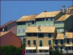 Genova-Quinto: Case dei Puffi by <b>Sergio Bagna</b> ( a Panoramio image )