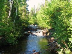 Amethyst Creek with waterfalls by <b>aks 1</b> ( a Panoramio image )