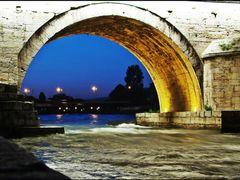Stone Bridge / Tas Kopru - Symbol of Skopje-Uskup by <b>Ahmet Bekir</b> ( a Panoramio image )
