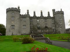 Kilkenny Castle by <b>Ruben Garay</b> ( a Panoramio image )