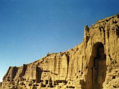 Buddhas of Bamiyan  1972 by <b>Elios Amati (tashimelampo)</b> ( a Panoramio image )