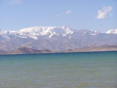 View form the East coast of the dead Kara-Kul lake by <b>DXT 1</b> ( a Panoramio image )