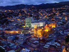 Desde el Pipila Panoramica de Guanajuato Capital Anocheciendo (A by <b>? ? galloelprimo ? ?</b> ( a Panoramio image )