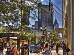Summer Day on Market Street by <b>Michael Braxenthaler</b> ( a Panoramio image )