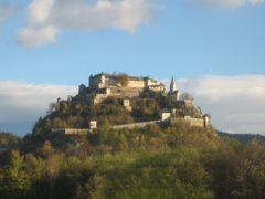 Burg Hochosterwitz by <b>e.m.r.</b> ( a Panoramio image )