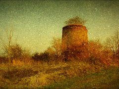 Miskovice, byvala vapenna pec (retro) by <b>Irena Brozova (CZ)</b> ( a Panoramio image )