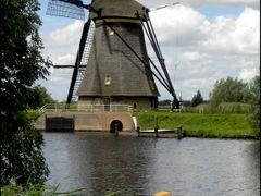 Enjoying Kinderdijk by <b>Pontecaffaro</b> ( a Panoramio image )