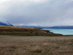 Lake Tekapo under Cloudy skies by <b>shinduri</b> ( a Panoramio image )