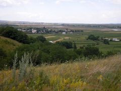Suceava countryside by <b>wysiwyg0282</b> ( a Panoramio image )